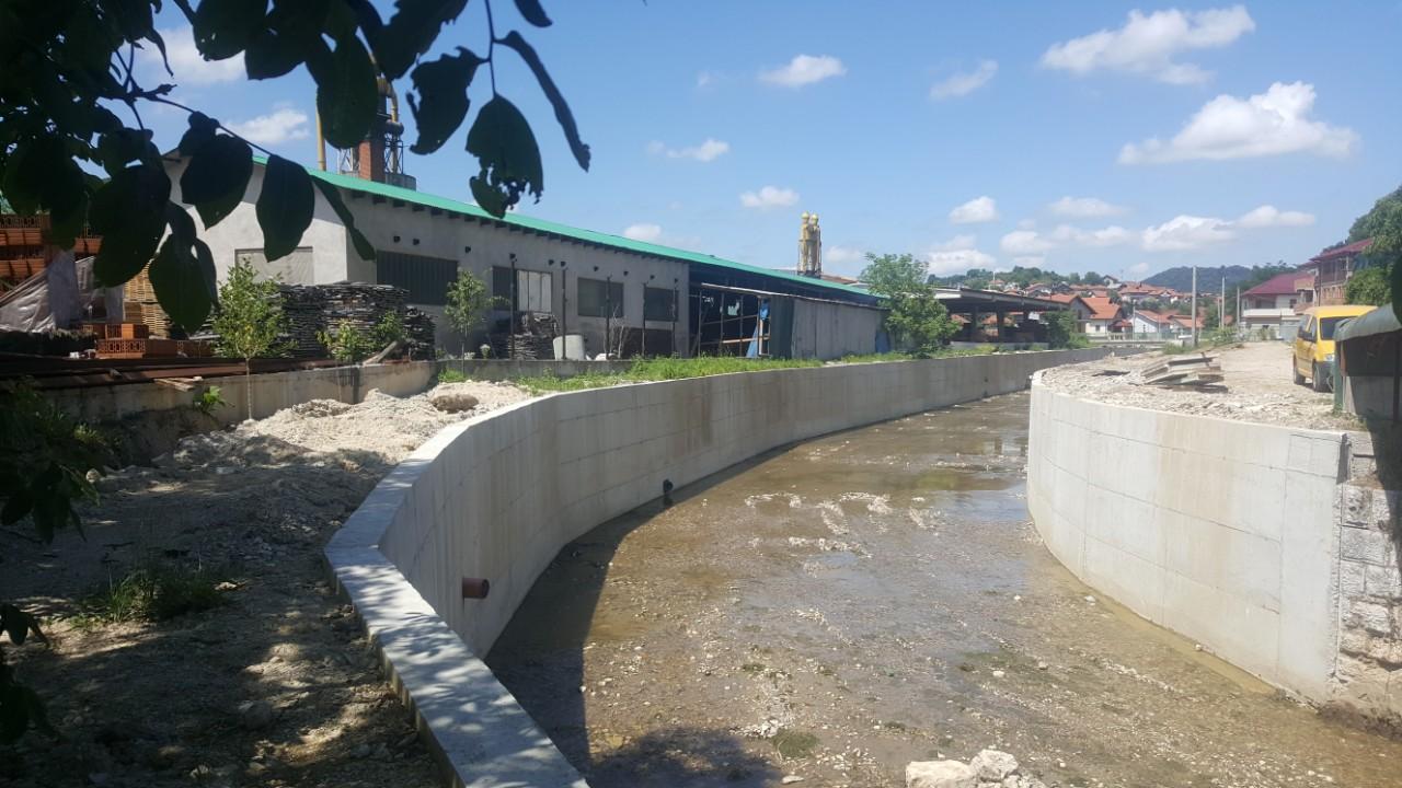 Regulisano novih 300 metara korita rijeke Sokoluše