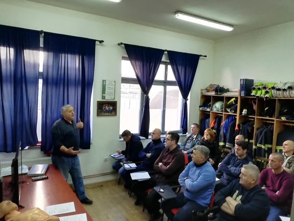 Održana obuka za uposlenike Službe za Civilnu zaštitu Grada Gračanica iz Prve pomoći